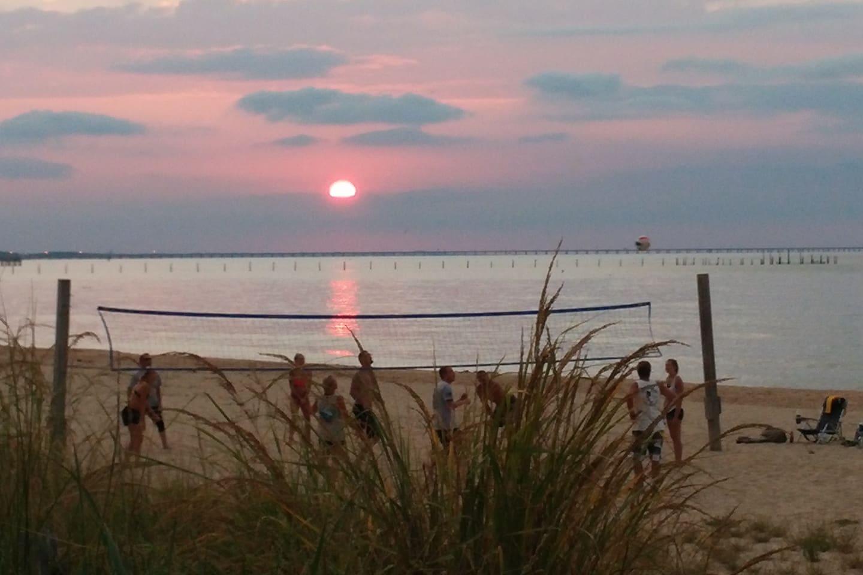 Five minute walk to the Chesapeake Bay