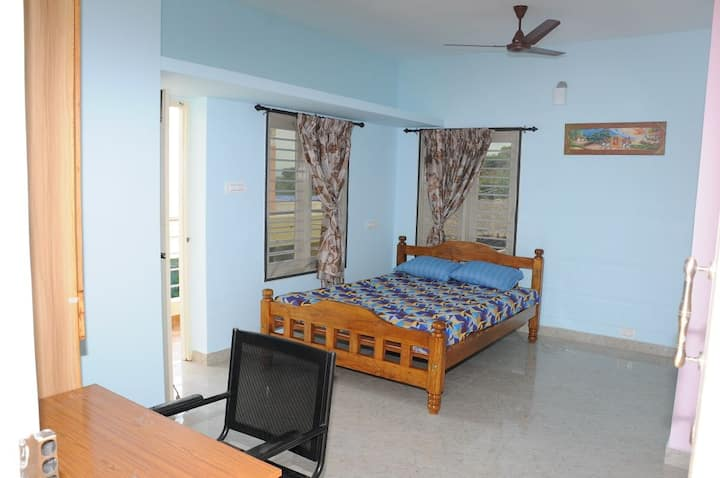 A place to be yourself in Tiruvannamalai Room5