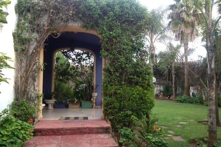 Coquette Villa a proximité du Morocco Mall