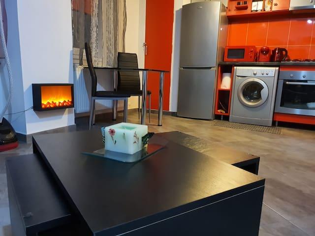 VH Apartments - Cozy 1 bedroom apartment