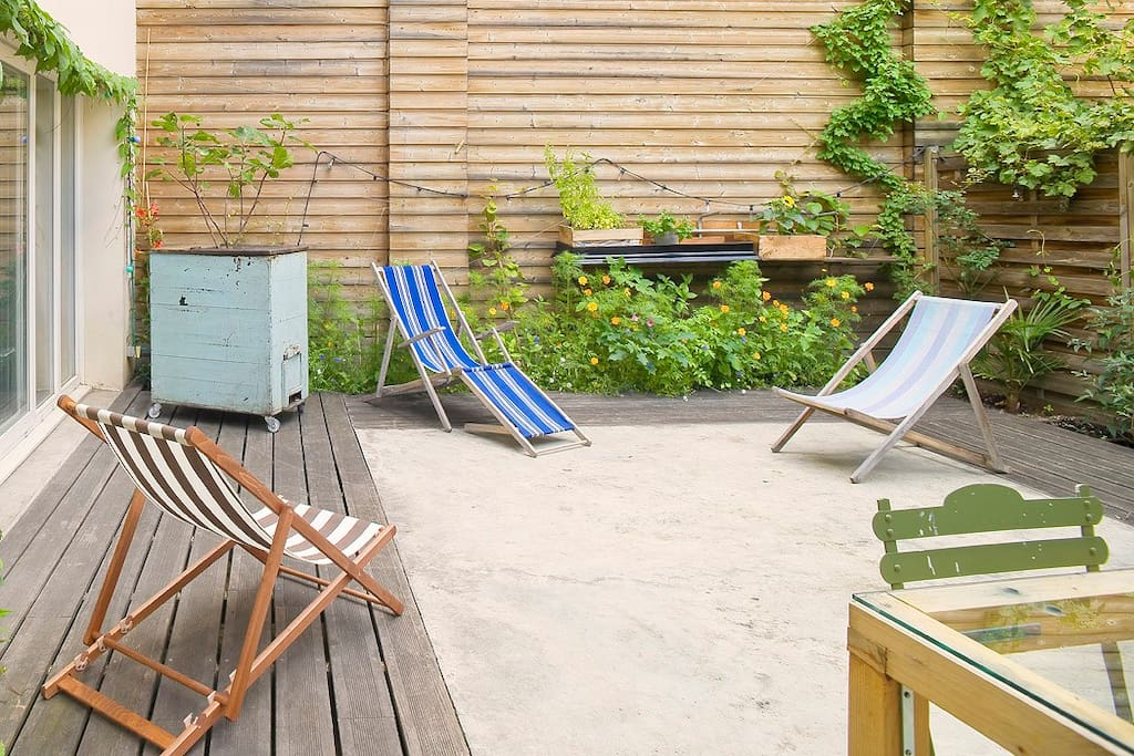 Loft avec terrasse sur saint denis lofts louer saint for Restaurant avec terrasse ile de france