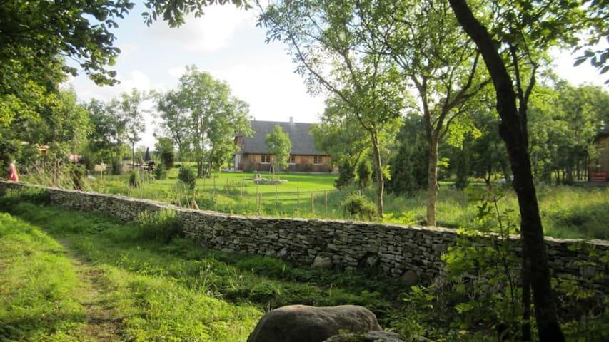 Hülgeranna Hamlet - The Barn by the sea