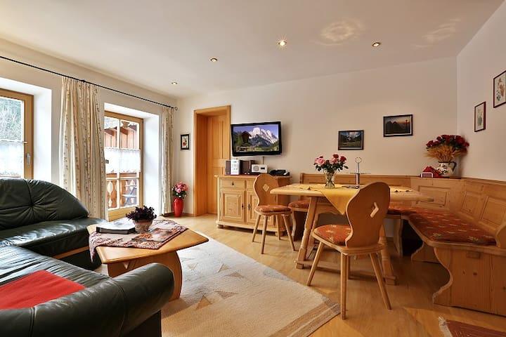 Ferienwohnungen Neuhausenlehen - Steinberg