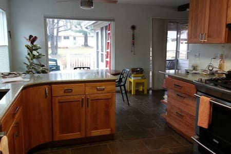 Roomy double with kitchenette - Saint Louis