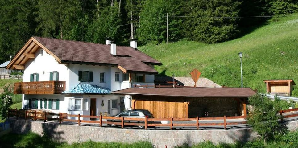 Holiday Flat in the heart of the Dolomites 33m²
