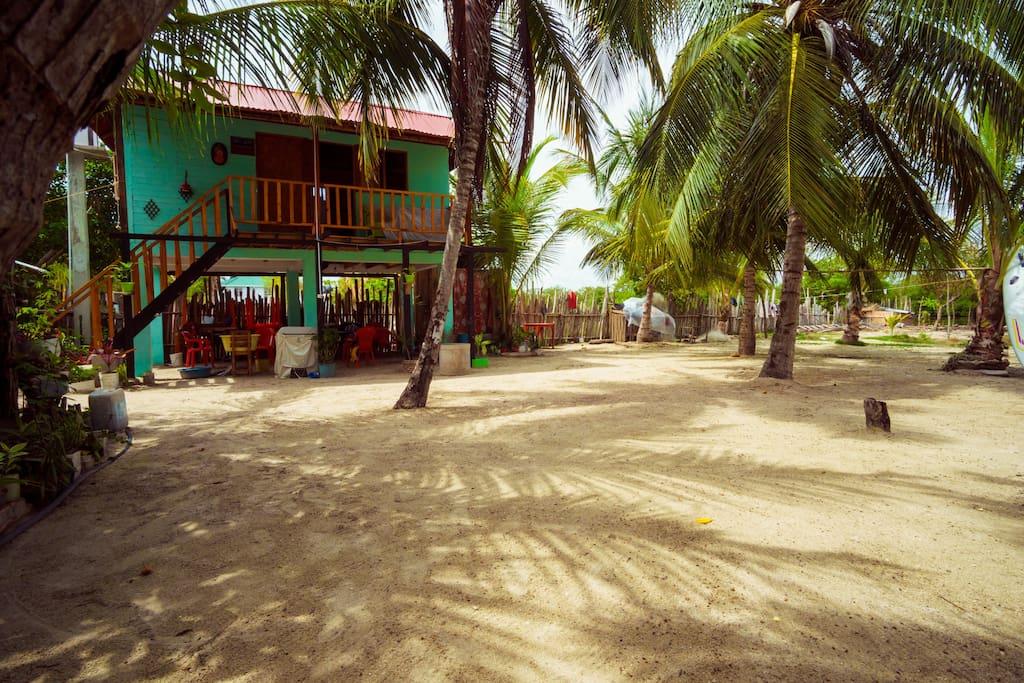 La cabaña con las habitaciones para nuestro huéspedes