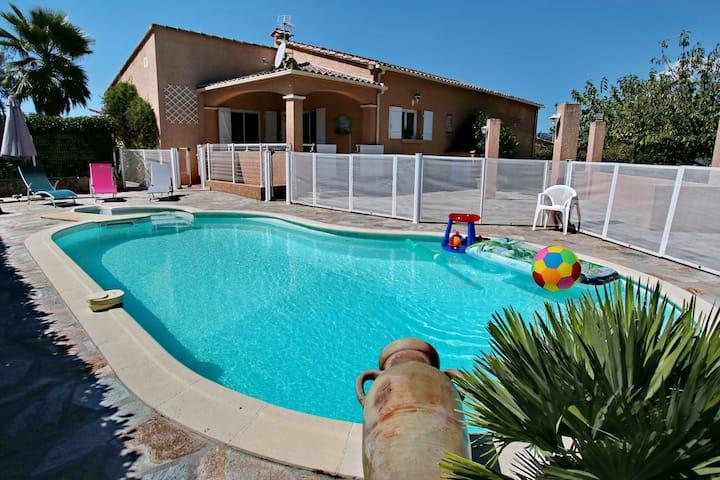 Di Felicita - Villa avec piscine et proche plage