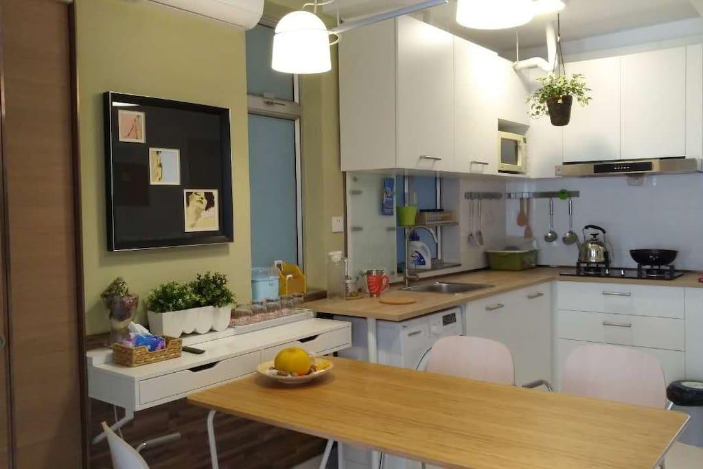 客厅及开放式厨房