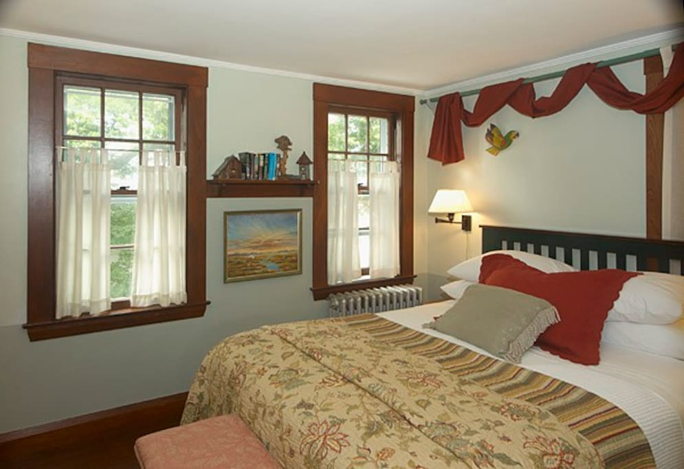 Birds Nest is on the 2nd floor and features a queen bed and private bath (shower only).