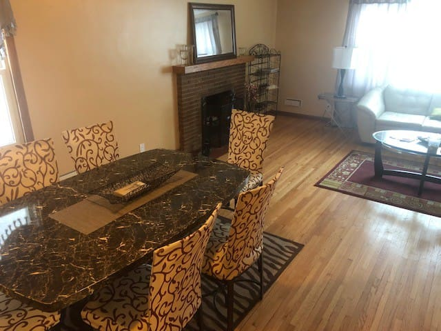 Comfortable and Affordable 2 Bedroom Duplex
