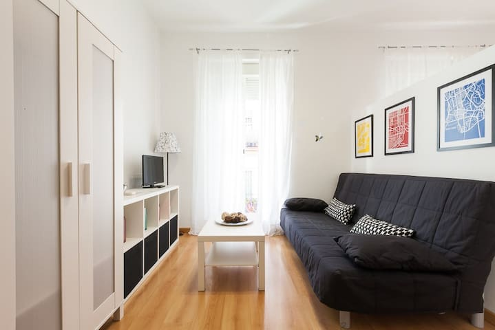 Bright and Central Apartment - Siviglia - Loft