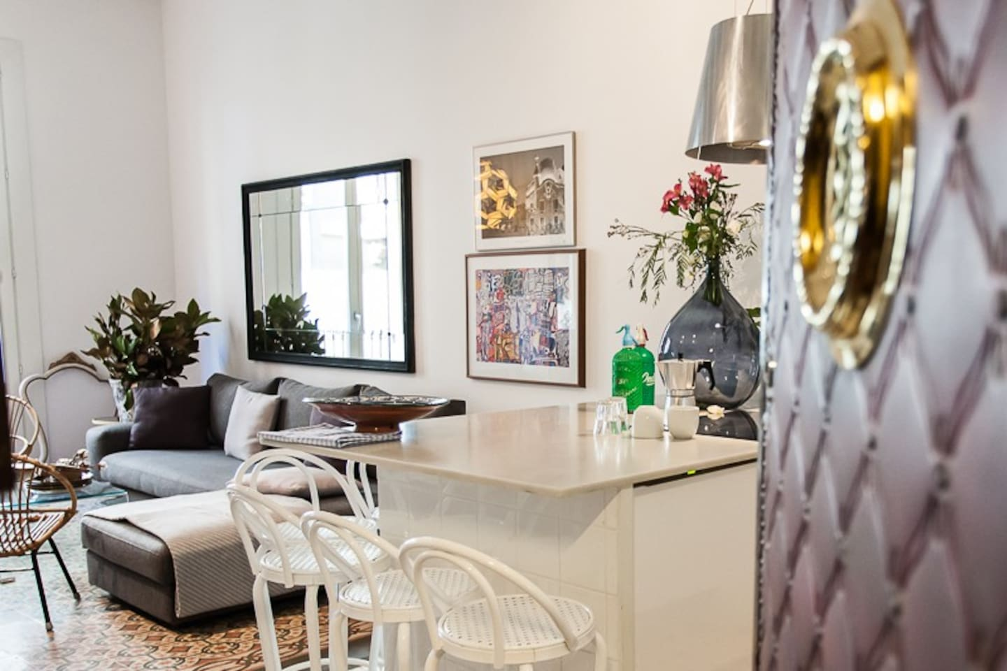 AMAZING APARTMENT NEXT TO RAMBLAS! DAILY CLEANING! - Service ...