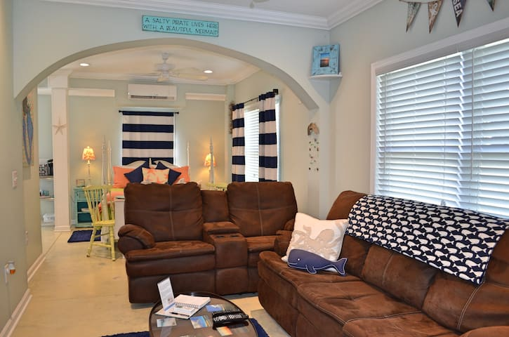 Secluded Retreat Near Topsail - Holly Ridge