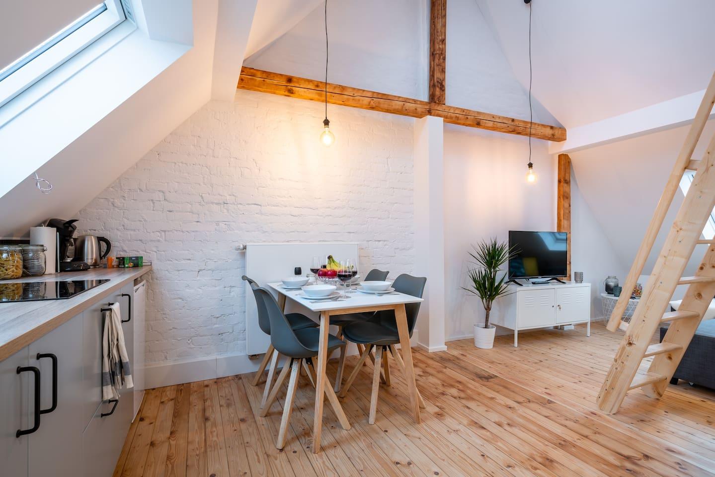 Fühl dich wie zu Hause in diesem frisch renovierten Loft!