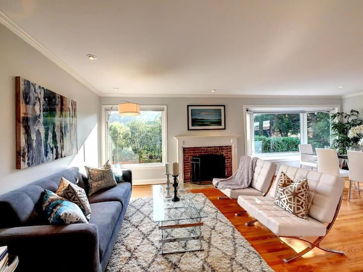 Stunning sunny 4 BR Redwood City home (sleeps 8)