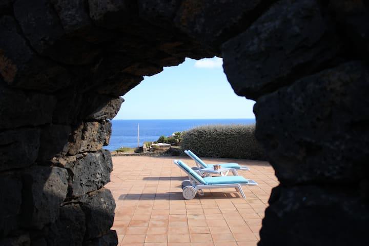 JARDINA BILO ESCLUSIVE piscina privata vista mare