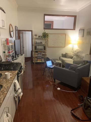 Beautiful 1 bedroom in LES available for 1 month