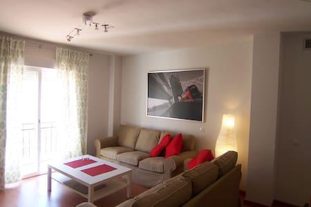 Apartamento de 2 dormitorios - Las Gabias