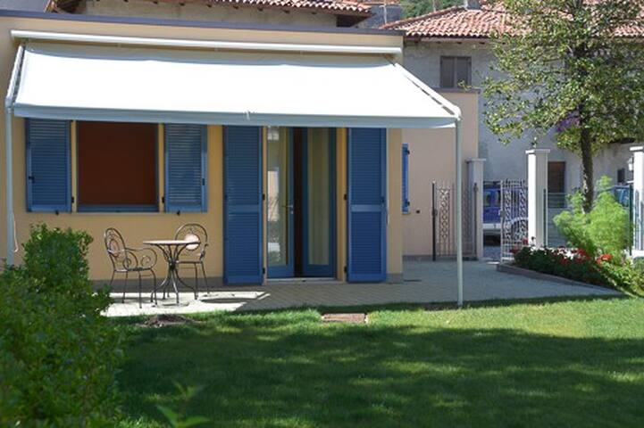 La Casa di Trizzi - Como - Hus
