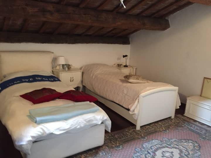 Casa d'epoca in via Ariosto