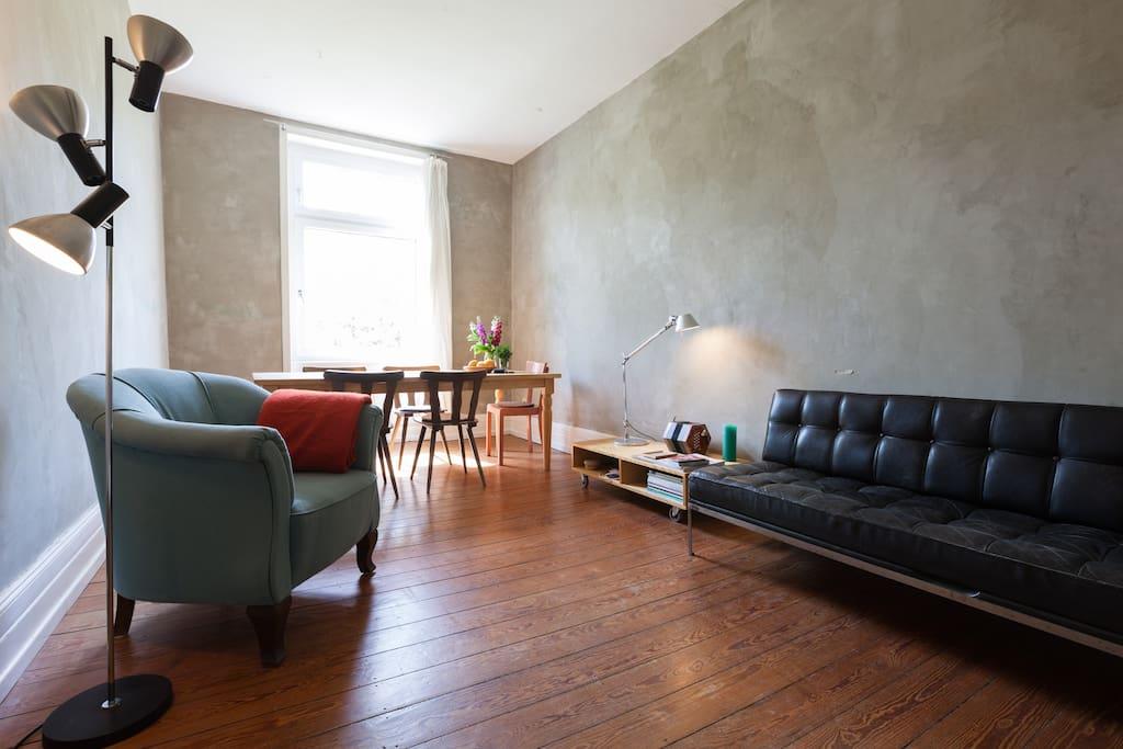 zimmer mitten in frankfurt wohnungen zur miete in frankfurt he deutschland. Black Bedroom Furniture Sets. Home Design Ideas