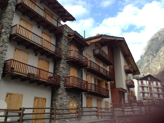 SKIING/FOODING IN VALPELLINE, AOSTA - Valpelline - Appartement