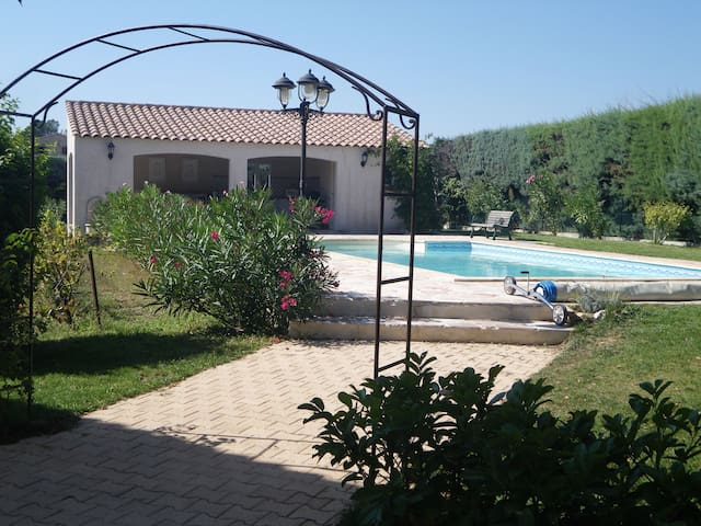 Belle villa avec pool house piscine - Cabriès - Villa