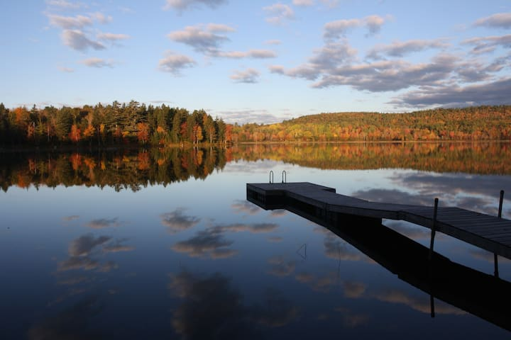 Dragonfly Cove Waterfront- Private Peaceful Pond - Penobscot - Casa