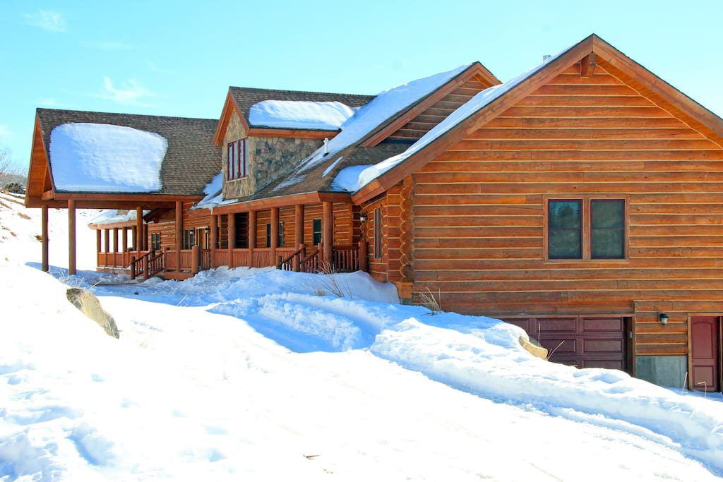 New 12 000 Sq Feet Lodge 8 Bedrooms 8 Baths Cabins