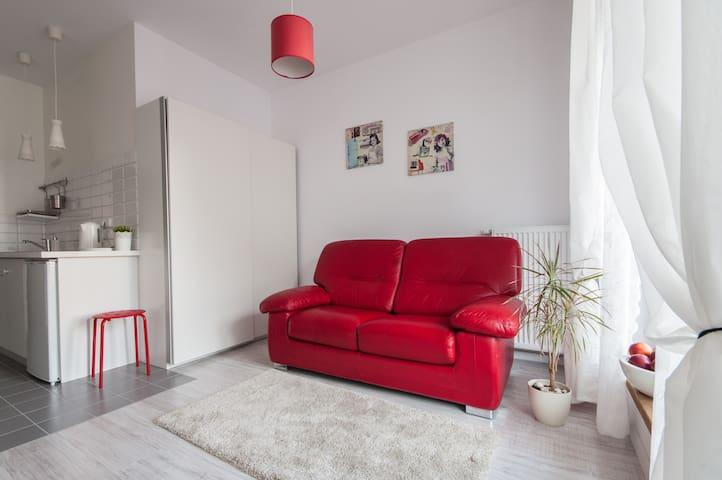 BizApartments - Charming Apartment