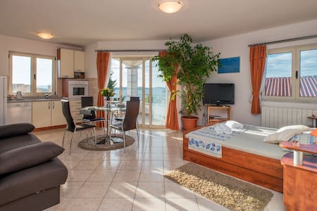Studio apartment Antonia, Hvar