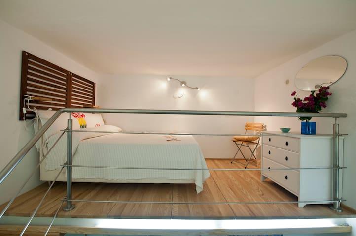 CasaNisola, B&B a dreamy holiday - Casamicciola Terme - Talo