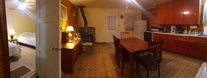 Owen Valley House, Eastern Sierra's