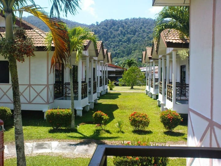 (Breakfast)Pangkor Chalet Near beach Deluxe Double