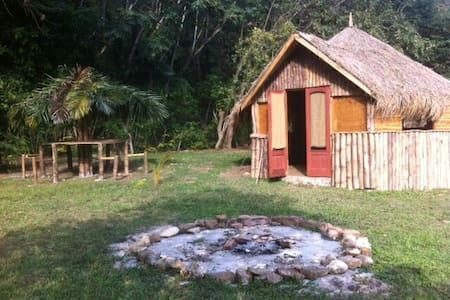 Taino Heritage Park - Oracabessa PO - Cabane