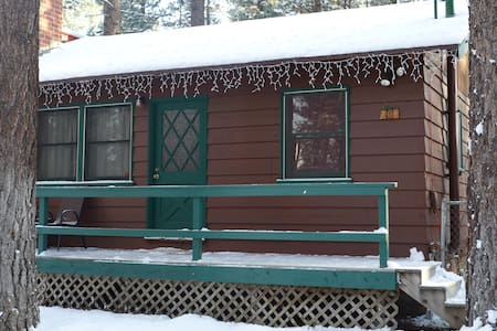 Chalet Dubois-special price Feb 22nd-24th book now - Big Bear