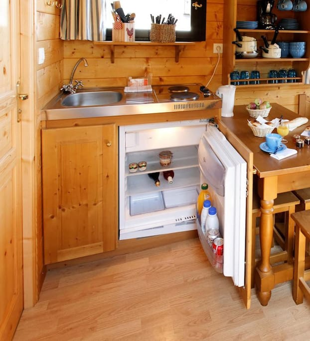 Roulotte Bouton d'or kitchenette