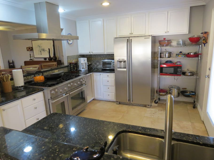 Upper-end stainless appliances