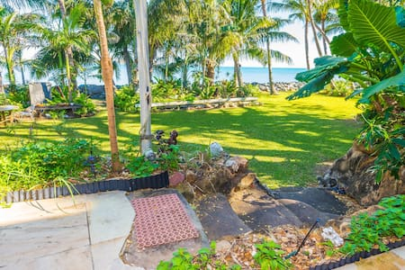BEACHFRONT B&B(Whole house pricing) - Slade Point