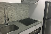 Full size stove top and oven