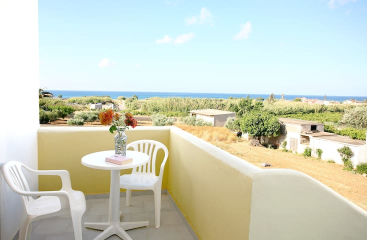 LUX STUDIO/9/ POOL 19KM WEST CHANIA - Kolymvari - Pis