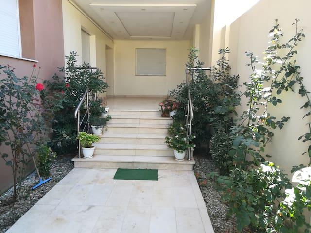 Logement neuf à Chéraga, Alger.