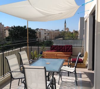 A Rooftop in Yafo, Tel Aviv (2 bedrooms /2 baths)