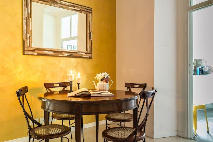 Santonofrio Gold 2 bedrooms Historical Centre Rome