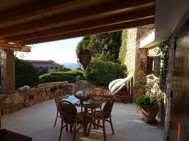 Elegante appartamento cielo terra LC-48 - Baja Sardinia - Lejlighed