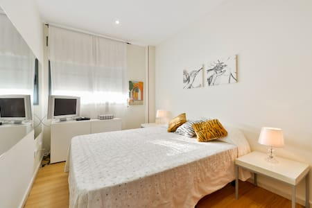 ROOM IN SHARED € 35 € -80 - Ibiza