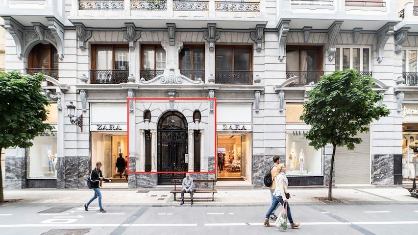 San Sebastián Shopping Area NEW Apart. 6 pax!!!