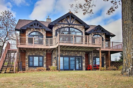 NEW! Lakefront Cabin w/Game Room & Water-View Deck