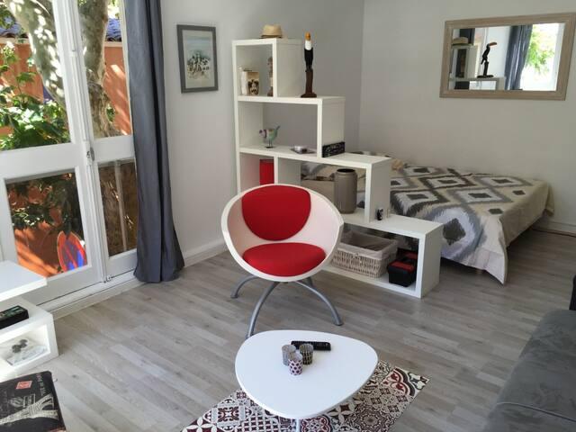 Joli Studio rénové & idéalement situé, prox. plage