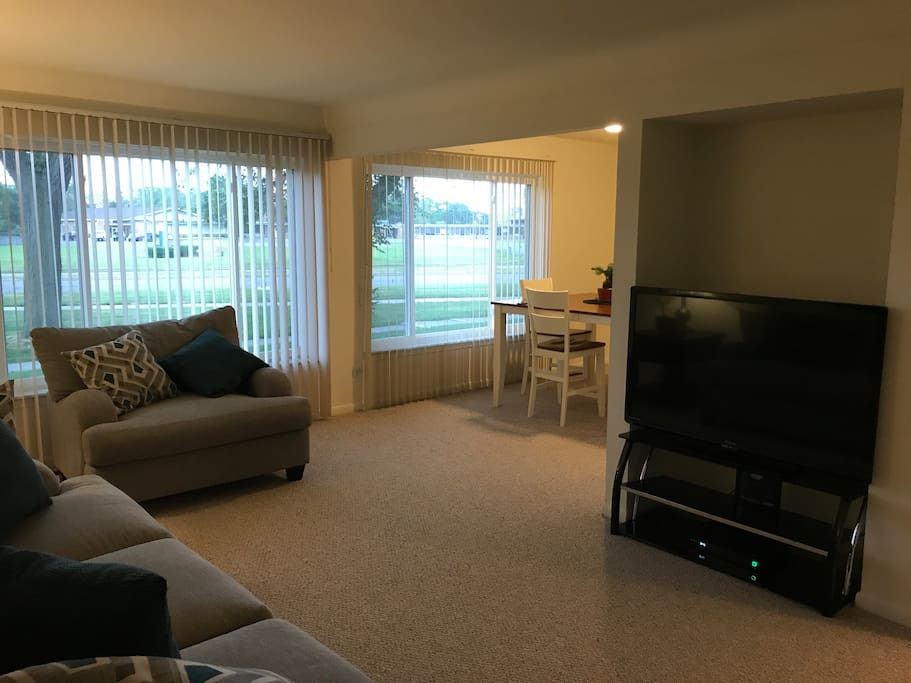 Luxury 2bedroom Apt Apartments For Rent In Dearborn Heights Michigan United States